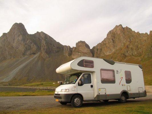 Todo lo que necesitas para viajar por Europa en caravana